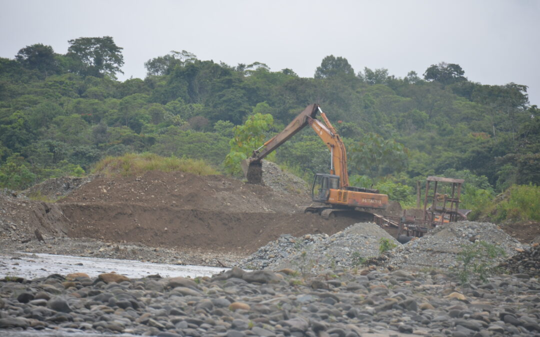 Industrias extractivas, recursos naturales y derechos humanos en Colombia